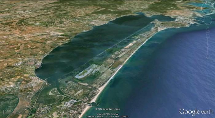 l'étang de thau vu avec Google Earth